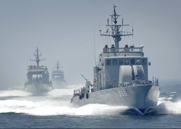 Embarcações das Coreias entram em combate novamente