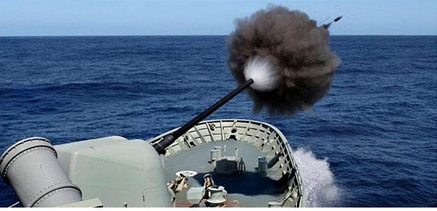 Defesa em Arte: Disparo de canhão da Fragata Anzac