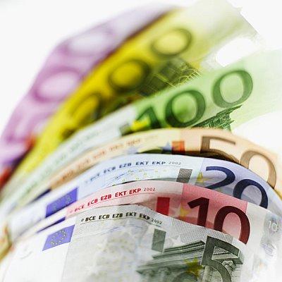 https://pbrasil.files.wordpress.com/2010/07/notas_euro.jpg?w=300
