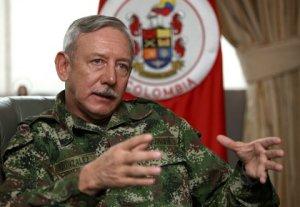 """Guerra com a Venezuela é """"impensável"""", diz militar colombiano"""